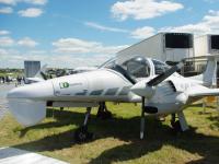 כלי טיס מדגם Diamond 42 שעליו מותקנת מערכת ה ASX. צילום: QinetiQ