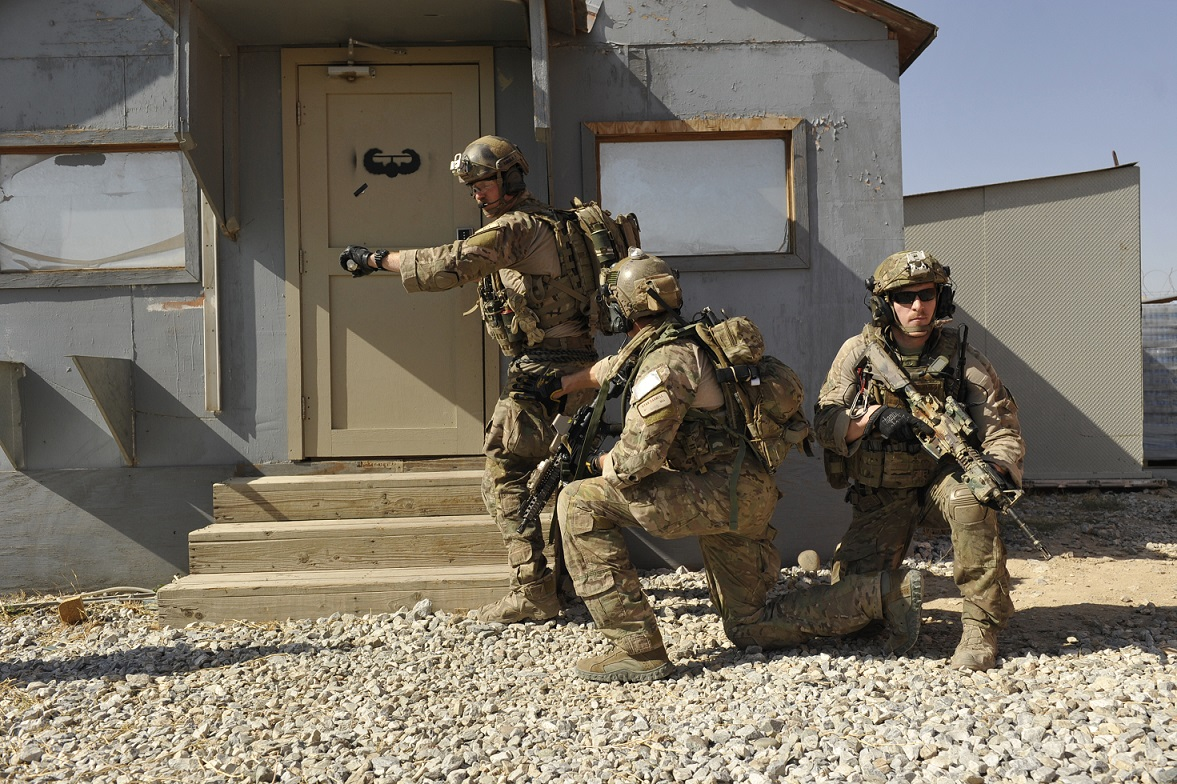 U.S. ... & Remote Door Breaching - for Use of the Special Units - iHLS