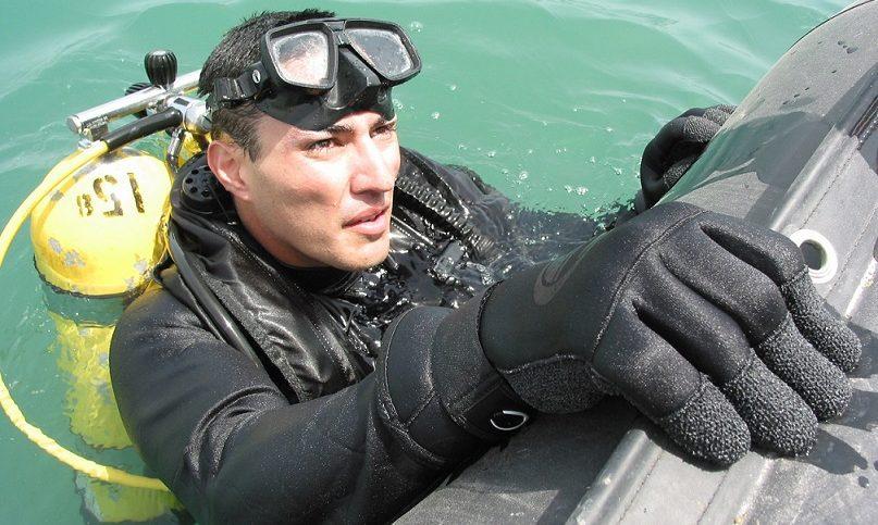 Photo-illust.-U.S.-Navy-Journalist-1st-Class-Joseph-Krypel