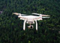 drone illust.